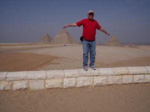 yossi piramides